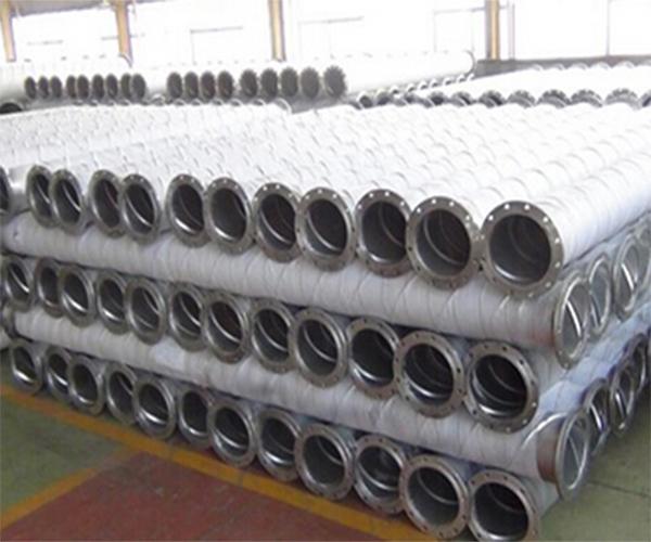 贵州螺旋钢管批发结构用加强筋螺旋管.jpg